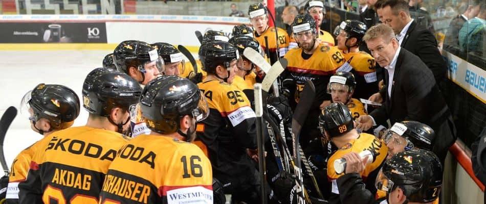 Die deutsche Nationalmannschaft beim Vorbereitungsspiel gegen Lettland. Deutscher Eishockey-Bund e.V. (DEB) / City-Press GmbH